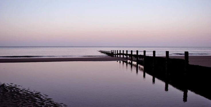 Isle of Wight Holidays - Accommodation, Caravans & Parks IOW Holidays