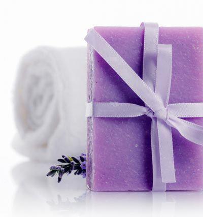 Seife herstellen - Seifen-Rezept: Handgemachte Seife mit Lavendelduft ...