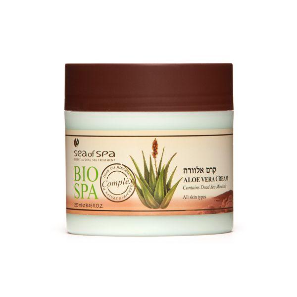 Krem do ciała i twarzy  - Aloes. Krem do ciała i twarzy na bazie aloesu o delikatnym i przyjemnym zapachu. Efektywnie nawilża skórę pozostawiając ją miękką i jędrną. Zawiera minerały z Morza Martwego, wyciąg z aloesu, rumianek, witaminę A i E oraz olej z oliwek.