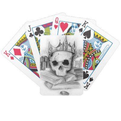 Baralho de cartas caveira