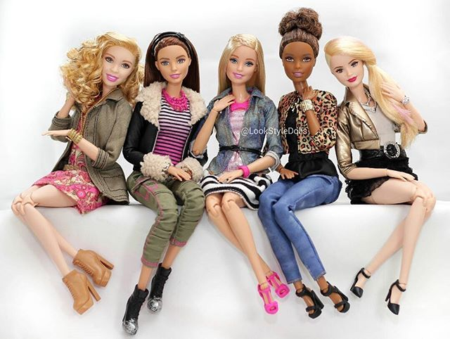 Barbie and the Glam Style Girls