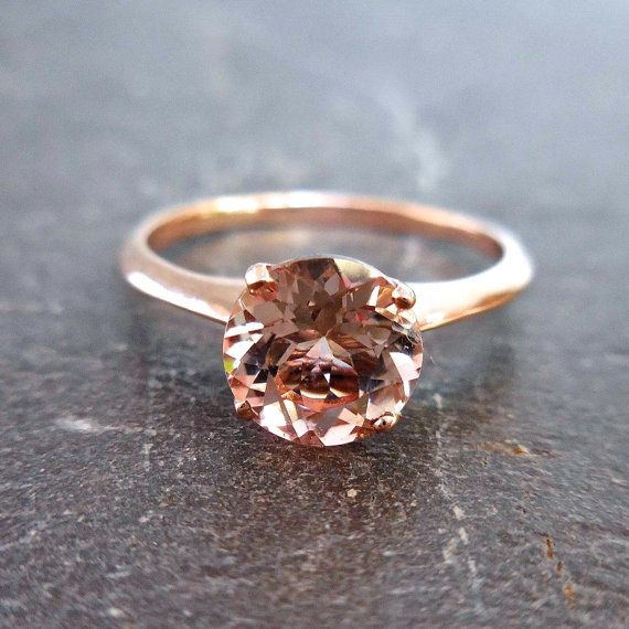 Solitare Morganite Ring 14kt Rose Gold Made to Order door JewelLUXE