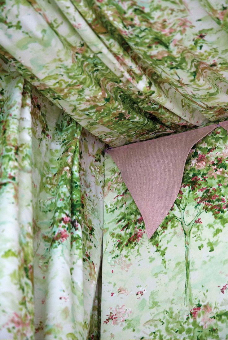 LOCHWOOD fabric & wallpaper by Nina Campbell for Osborne