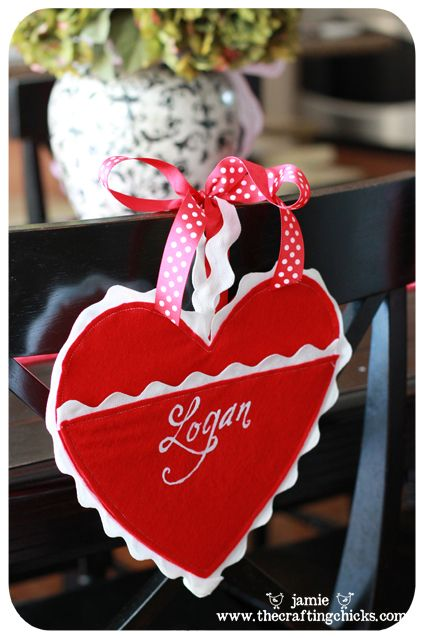 Felt Heart Valentine Holders. Cute way to collect Valentines.