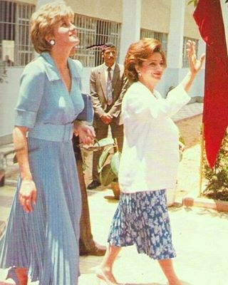 12 May 1992: Princess Diana visits The British Council in Cairo, accompanied by The First Lady, Suzanne Mubarak, during a solo trip to Egypt.