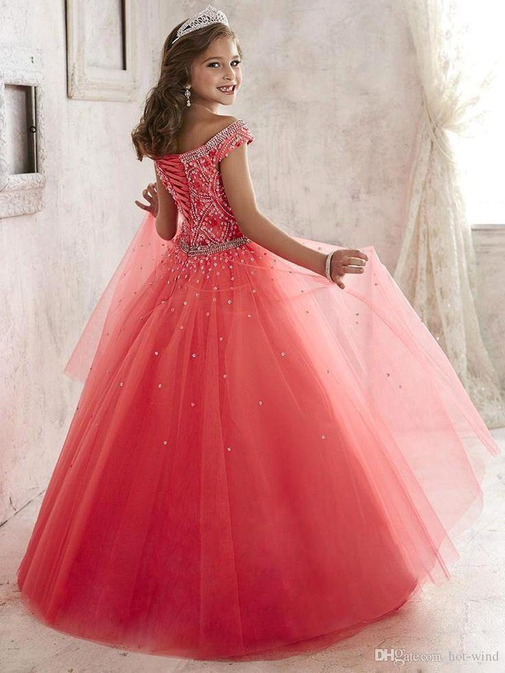 Los vestidos del desfile de las niñas usan 2016 nuevo apagado el vestido de partido formal coralino de Tulle de los granos cristalinos del hombro para los cabritos adolescentes florecen los vestidos de las muchachas A1796