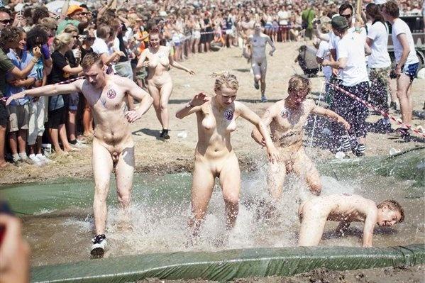 Nudist race at Roskilde Festival