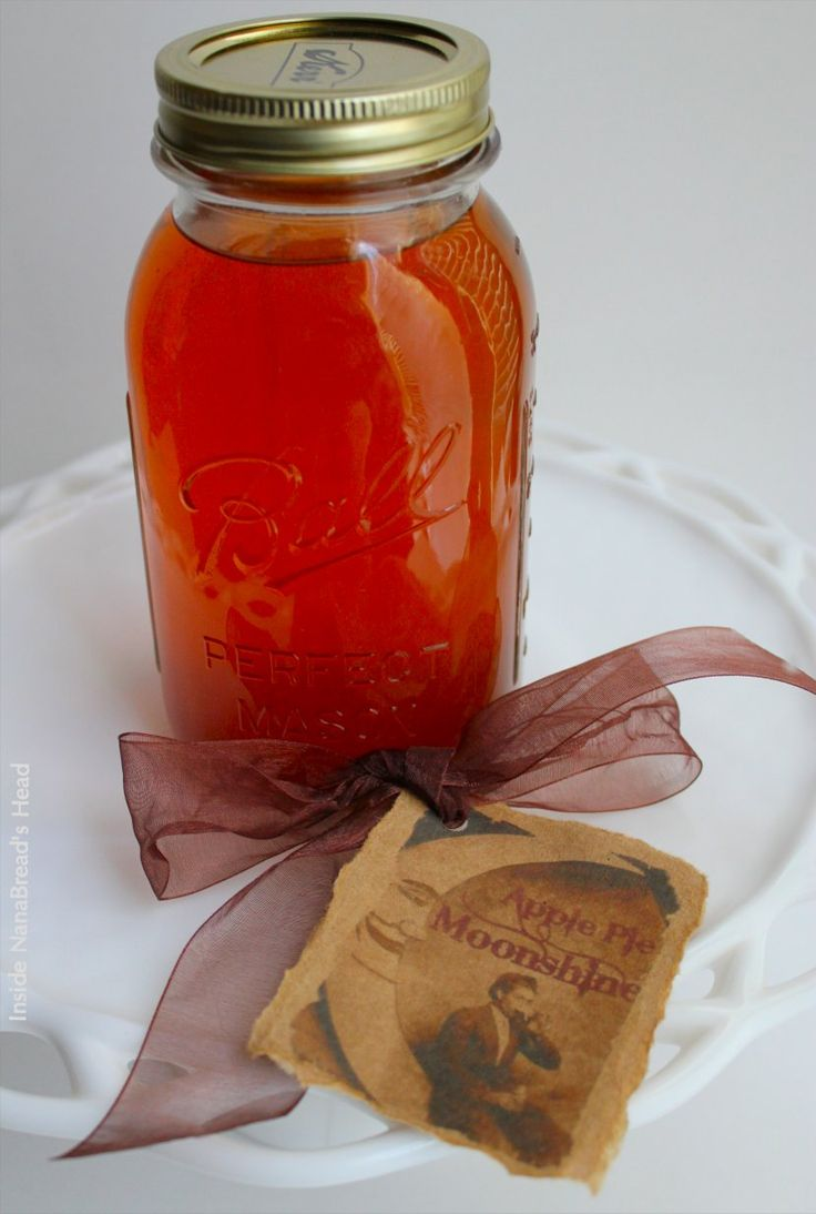 Apple Pie Moonshine - Inside NanaBreads Head
