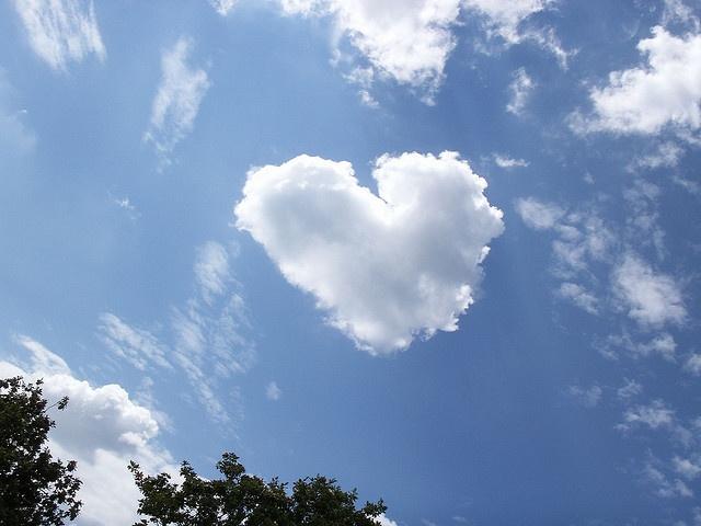 sky: Sky Heart, Sky Luvsexyfit, Heart Shape, Cloud Patterns, Sky Cloud, Shape Cloud, Heart Cloud, Cloud Heart, Heavens