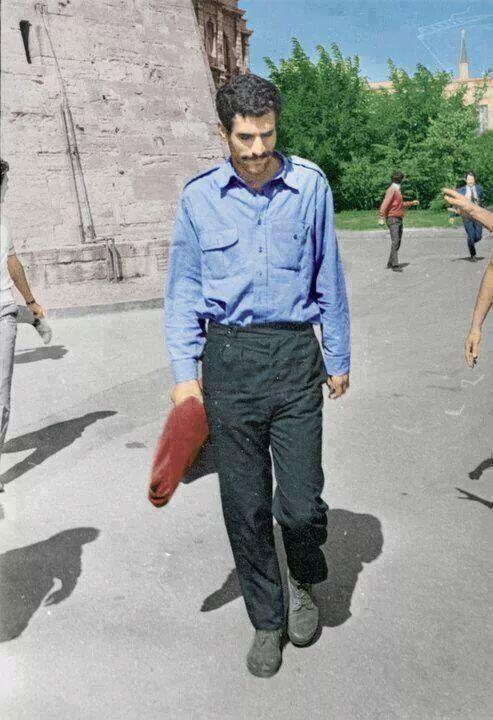 Dün öldürülen gencin adı Deniz Gezmiş'ti bugün Ali İsmail Korkmaz. Gençlerin adı hep değişir ama katil hep aynıdır... pic.twitter.com/JII856PFOf