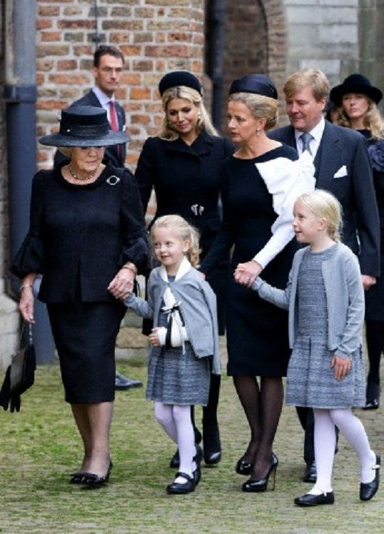 Dutch Princess Beatrix (L-R), Queen Maxima, Countess Zaria, Princess Mabel, King Willem-Alexander and Countess Luana arrive at the Old Church in Delft, The Netherlands, for the memorial of Prince Friso, 02.11.13.