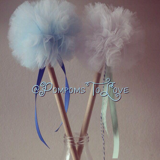 Party ideas for kids! Pom pom wands!