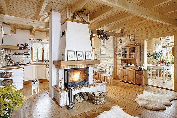 Casa din lemn cu interior traditional. Visul implinit al unui cuplu care a trait la bloc