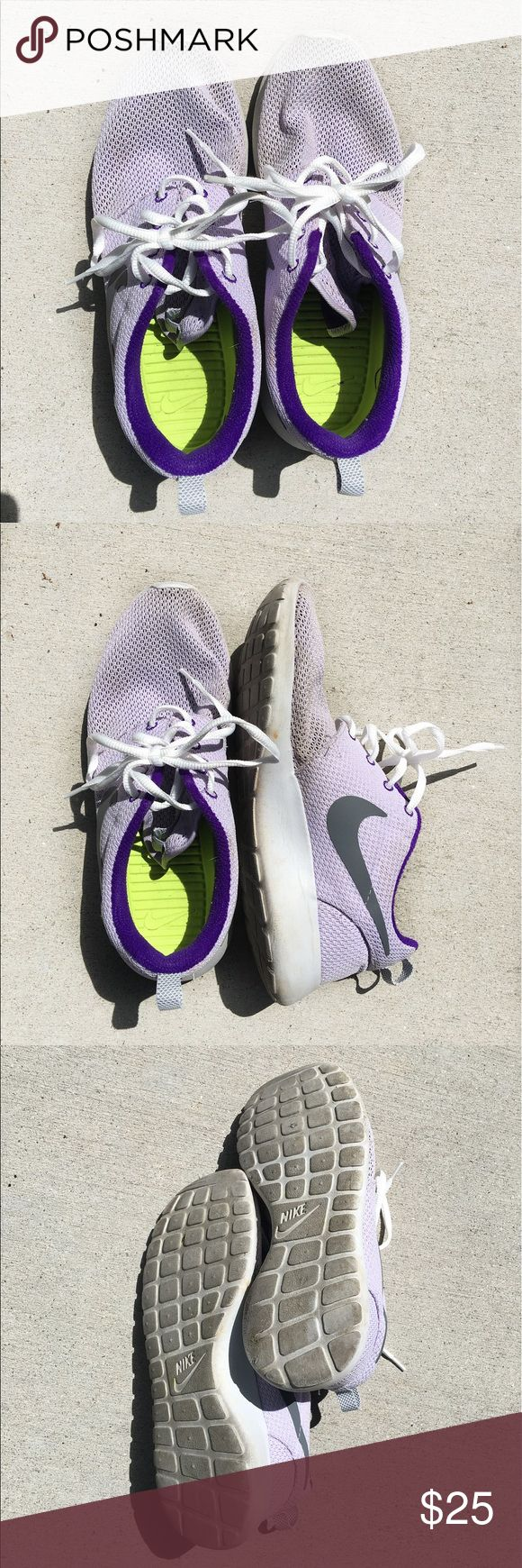 Lavender Nike Roshe Runs Lavender Roshe Runs that are in good condition. There are no holes, but they do show some areas of discoloration. These rare finds still have love to give! Nike Shoes Sneakers