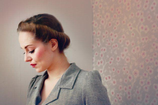 The Freelancer's Fashionblog: HAIRDO's #7 - THE ETERNAL ROLL
