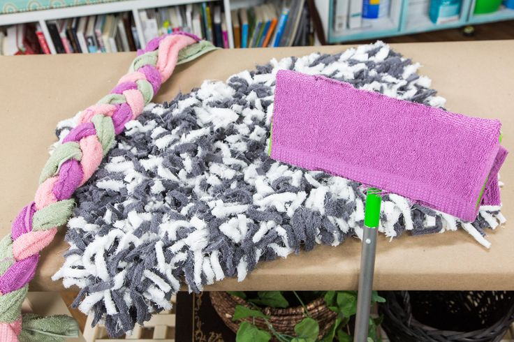 Take an old towel and give it new life with these DIY Towel Projects! DIY by @paigehemmis! Don't miss Home & Family weekdays at 10a/9c on Hallmark Channel!
