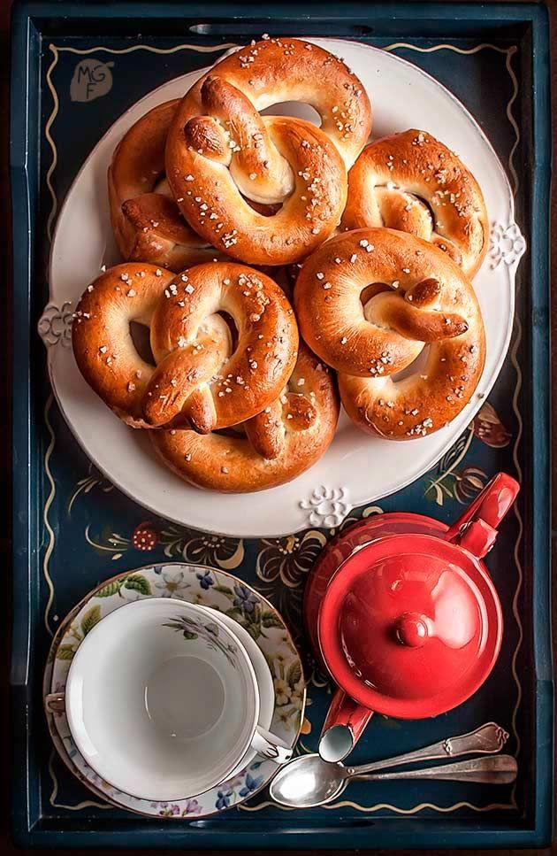 Pretzels o bretzels | Recetas con fotos paso a paso El invitado de invierno