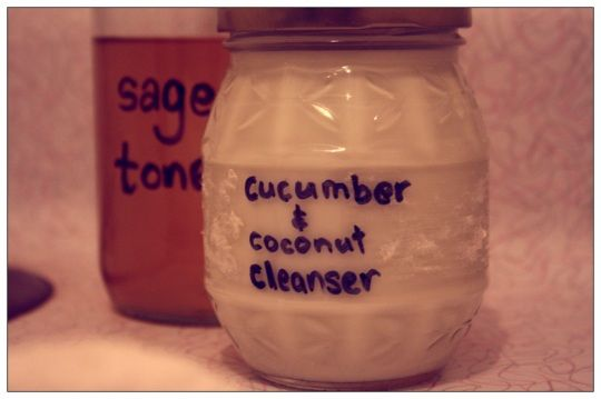 Cucumber and coconut milk facial cleanser.: Coconut Faces, Faces Wash, Faces Masks, Cucumber Faces, Beautiful Ideas, Coconut Milk, Cucumber Cleanser, Beautiful Faces, Facials Cleanser