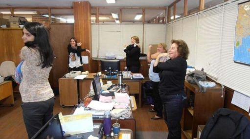 ¿Pasa ocho horas en una oficina? Viva una jornada laboral saludable #Gestion