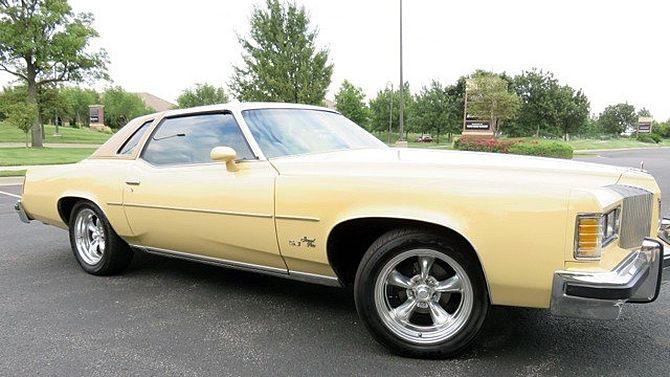 1976 Pontiac Grand Prix   Mecum Auctions