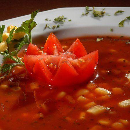 Egy finom Paradicsomos kukoricaleves ebédre vagy vacsorára? Paradicsomos kukoricaleves Receptek a Mindmegette.hu Recept gyűjteményében!
