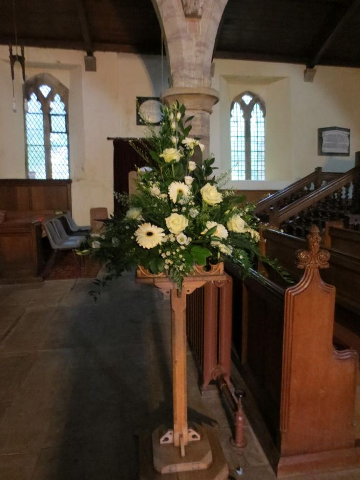 Give the church some extra wow #weddings #flowers #church #pedestal