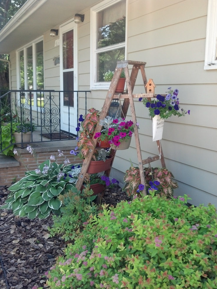 24 best images about plant stands ladder on pinterest gardens planters and fairy tree houses - Ladder plant stand plans ...