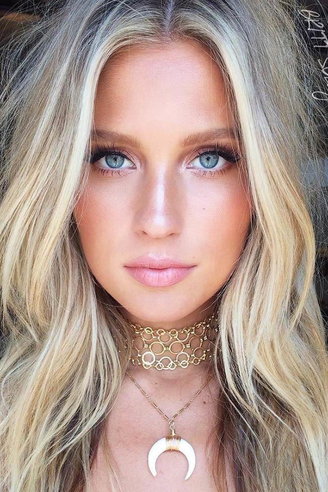 36 Idees Pour Le Maquillage De Mariee Naturel In 2020 Bridal Makeup Natural Bridal Makeup For Blondes Makeup For Blondes