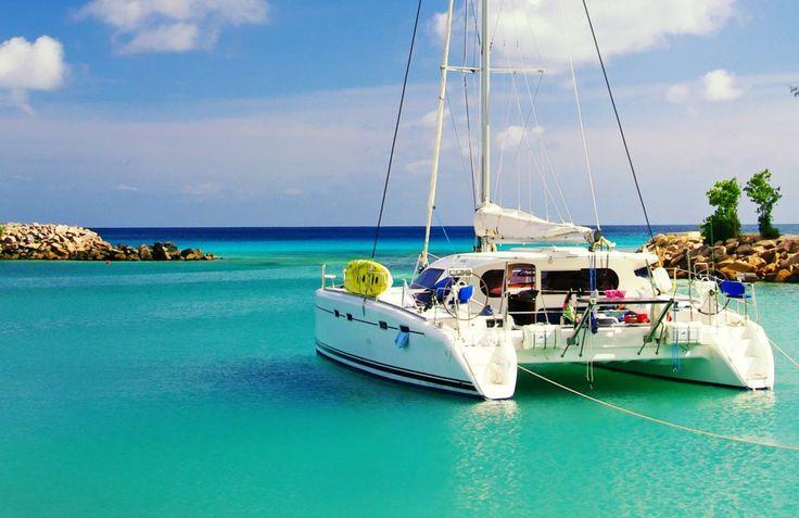 Sogni una fuga al caldo nelle feste, o anche prima? Ecco 7 occasioni di viaggio firmate Sailsquare, per partire verso i Tropici ma non solo