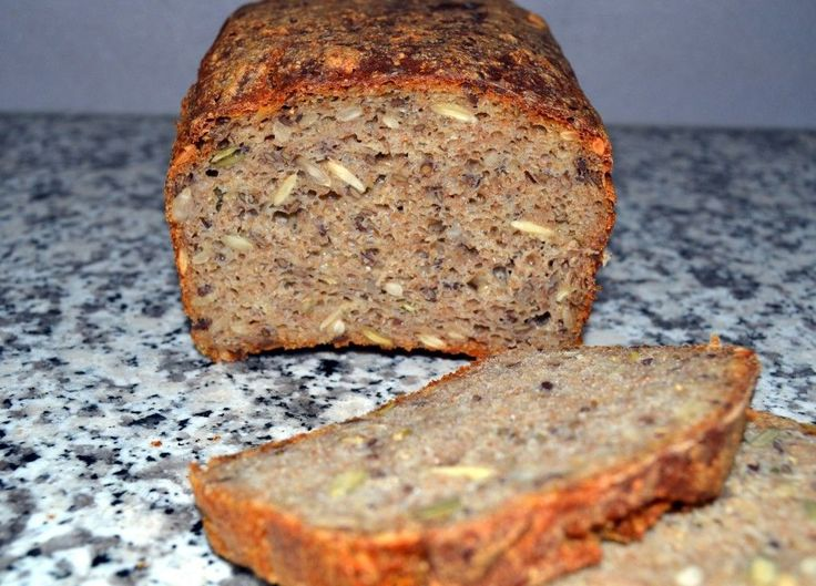 Rugbrød med surdej og kerner…