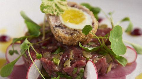How to make: chef James Mackenzie's venison tartare