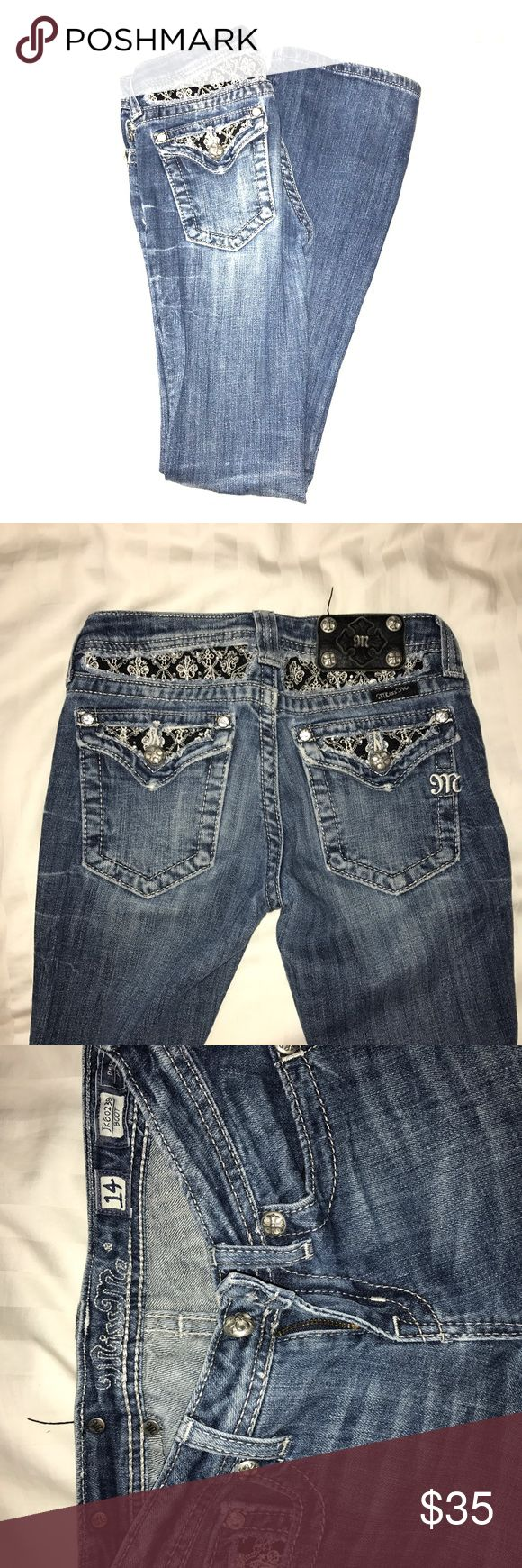 Girls Miss Me Jeans Lightly use girls Miss Me Jeans boot cut Miss Me Bottoms Jeans