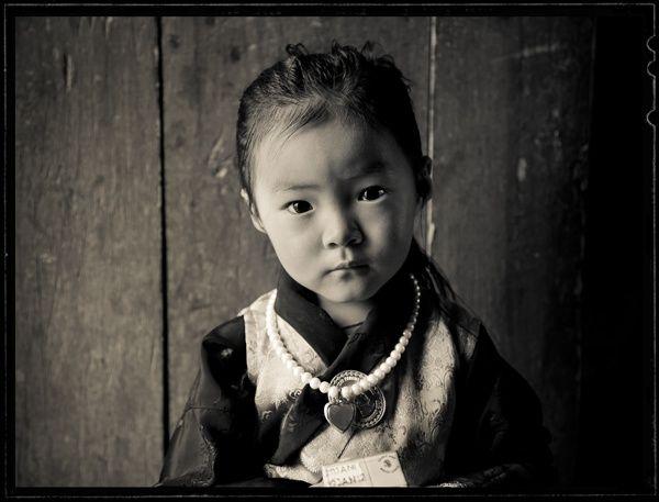 Lisa Kristine, Bután.
