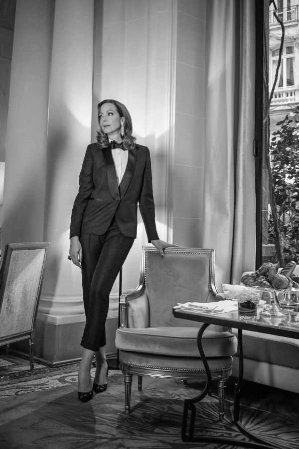 Classy and chic Allison Janney  befitting universe