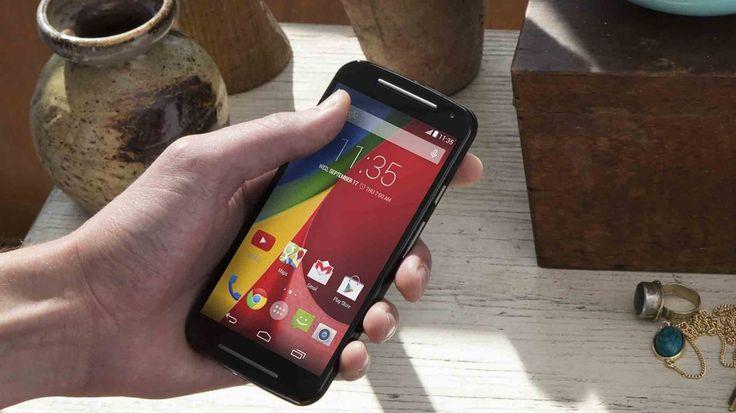 Motorola Moto G (2014) disponibil acum prin eMAG la un preț de 899 lei!  ► SPRE ARTICOL: http://mbls.ro/1vpqUAy ► SPRE MAGAZIN: http://mbls.ro/1rt4dtk  #MotoG2014 #emag #motorola