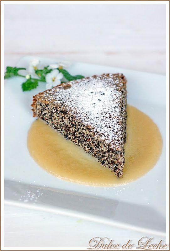 Dulce de Leche: Makový koláč s jablkovo vanilkovou omáčkou