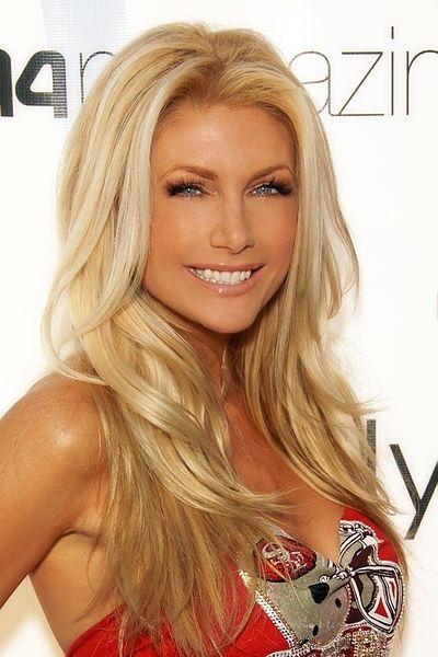 Brande Rodericks Long Blonde Hairstyle