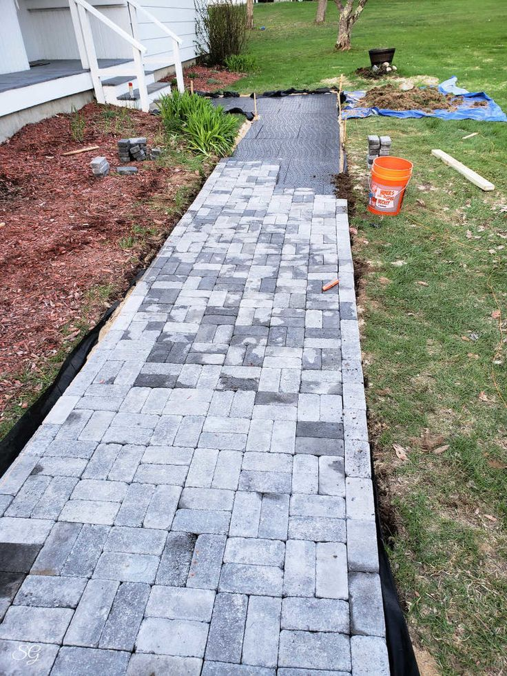 DIY Paver Walkway Paver walkway diy, Paver walkway