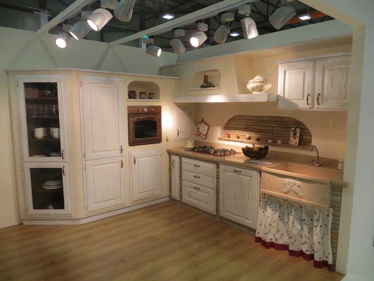 17 migliori idee su cucine rustiche su pinterest mobili for Cucine perugia