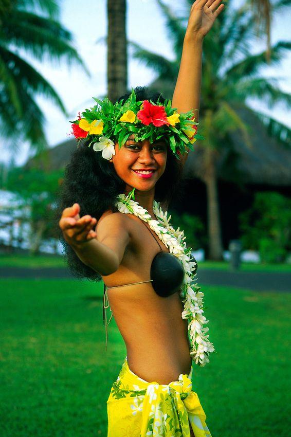 French Tahitian Women