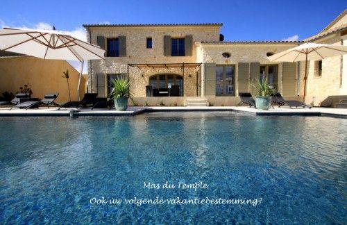 Mas du Temple Villa met verwarmd zwembad in Zuid-Frankrijk : ook ùw volgende vakantiebestemming? Mas du Temple is een luxueuze nieuwbouwvilla die opgetrokken is in warme natuursteen en voorz...