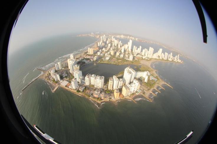 Vista aérea, Bocagrande y el Laguito, Cartagena, Colombia.