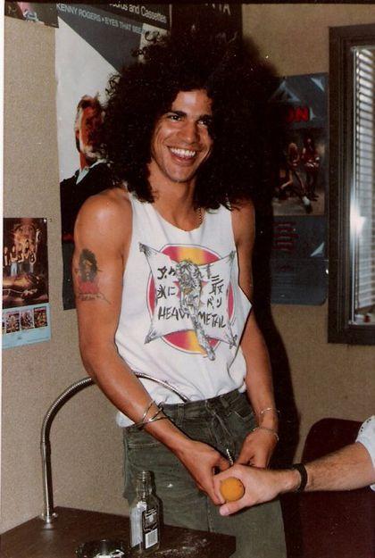 Las mejores fotos de Slash ,algo de info, y unos videos - Taringa!