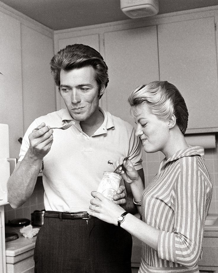 Clint Eastwood at Home with His Wife, Maggie, Having a Midday Snack