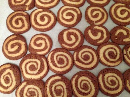 готовые мраморные печенья
