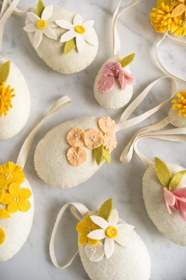 Oh these are very cute: Heirloom Wool Easter Eggs | Purl Soho - Create