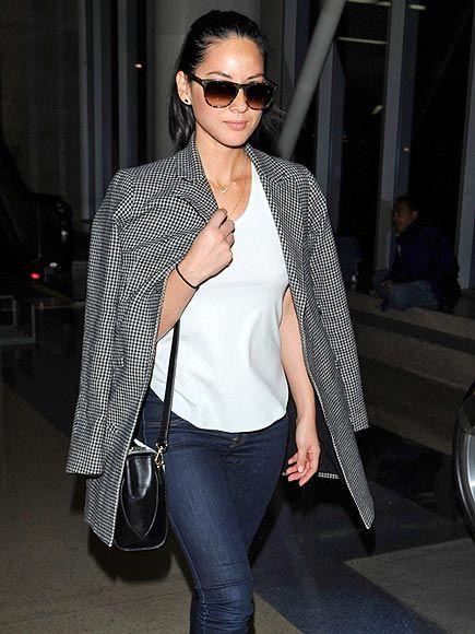 Star Tracks: Monday, February 17, 2014 | SHADY LADY | Olivia Munn makes a stylish landing at LAX on Saturday.