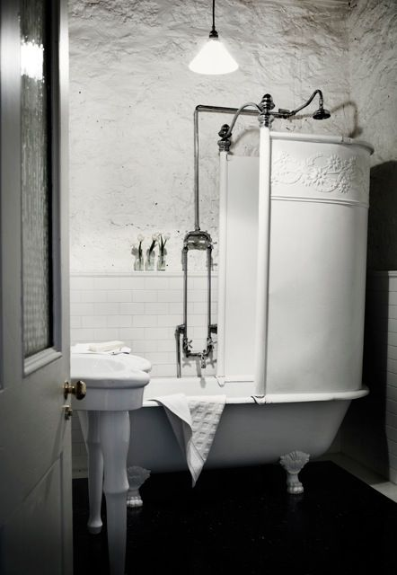 Check out this shower! I love it, cuz I HATE shower curtains!