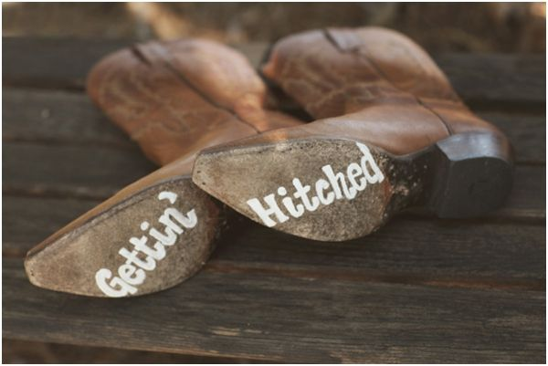 Cowboy cowgirl boots weddingsCowboy Boots, Wedding Ideas, Country Wedding, Rustic Chic, Wedding Boots, Country Life, Cowgirls Boots, Engagement Announcements, Rustic Wedding