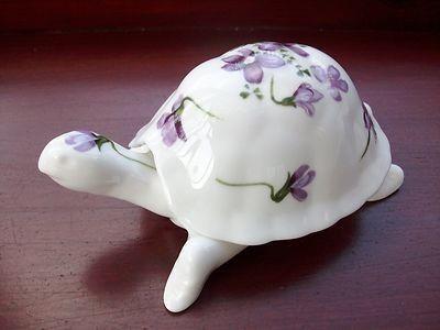 Hammersley 'Victorian Violets' Tortoise (06/04/2012)